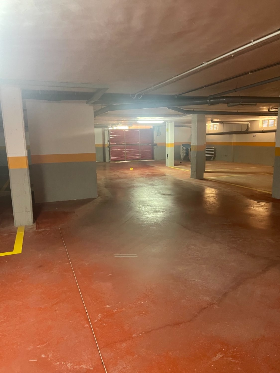 GARAGE PLACE FOR SALE